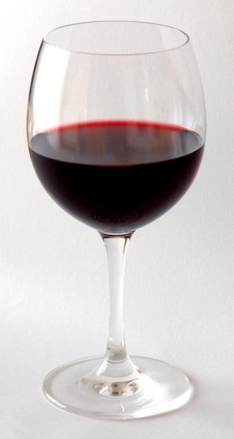 red_wine_glas.jpg
